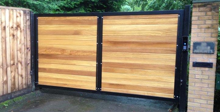 Futura Timber Infill Gate
